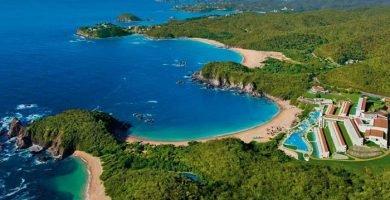 playas que conforman la bahía conejos en huatulco