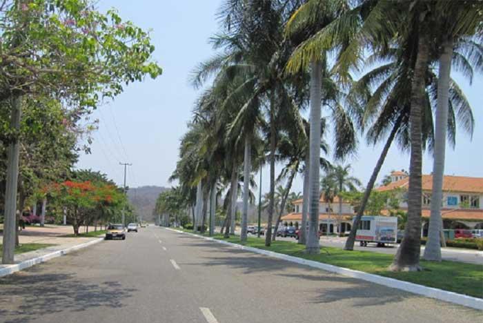 hotel barato cerca de la bahía de chahué en huatulco