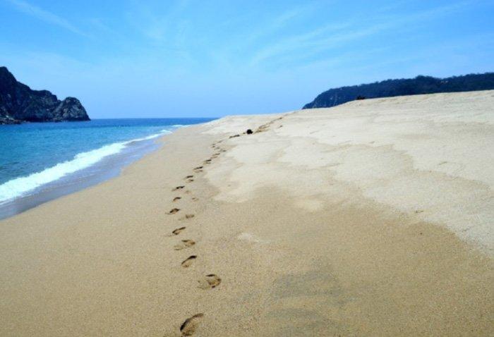 playa cacaluta huatulco oaxaca