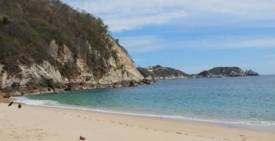 Playa La Esperanza huatulco