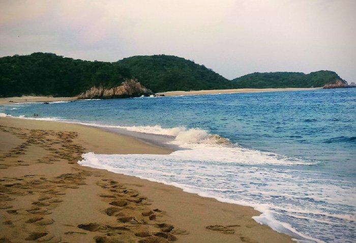 Características de la playa cacalutilla