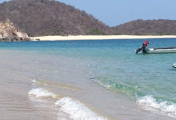 playa cacalutilla como llegar
