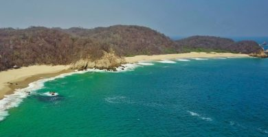 playa cacaluta huatulco